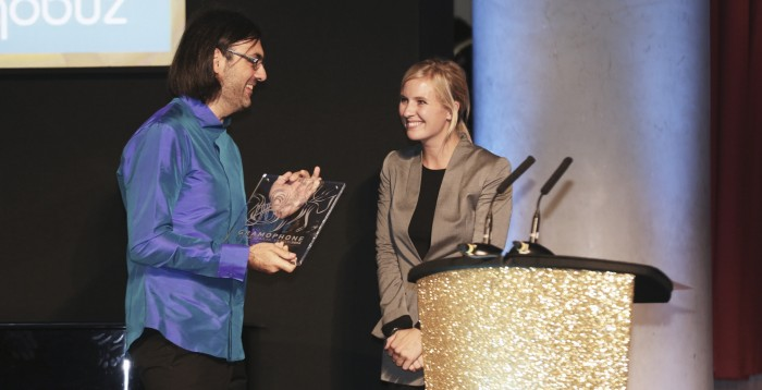Alison Balsom presents Artist of the Year award to Leonidas Kavakos at the Gramophone Classical Music Awards 2014 © Ben Ealovega (1)_edited